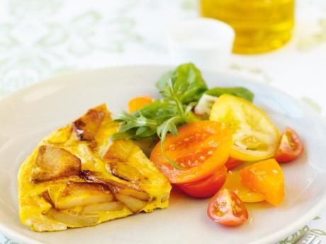 Tortilla med tomatsallad